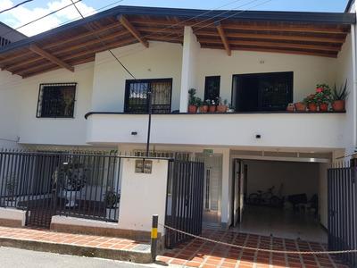 Edificio Tres Niveles San Antonio De Prado