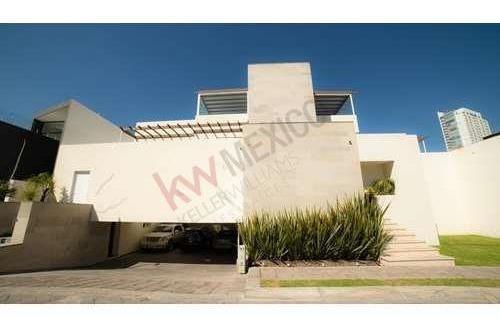 Luxury Casa En Venta Zona Angelopolis, Atlixcayotl, Cerca La Vista, Bosques De Angelópolis. Universidades.
