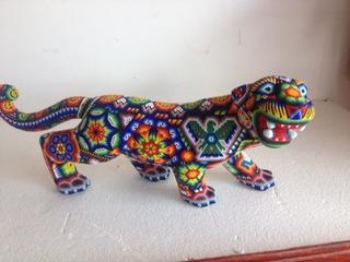 Jaguar Parado Madera Con Chaquira Artesania Huichol 60 Cm.