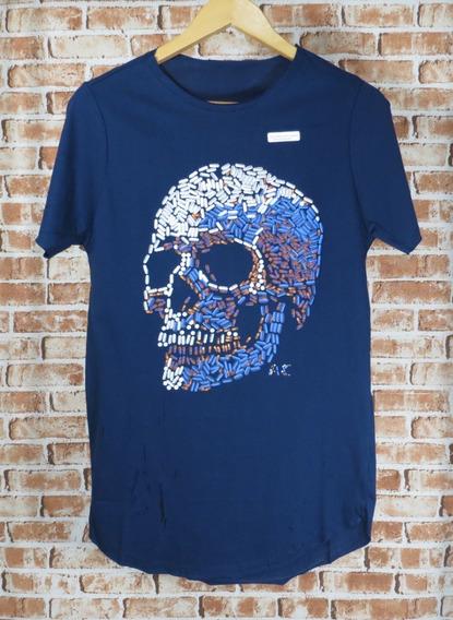 Camiseta Caveira Estampada Emborrachada Pilulas