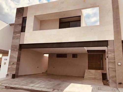 Imagen 1 de 10 de Casa En Venta En Fraccionamiento Amorada - Zona Carretera Nacional. Monterrey, N. L. (orld)