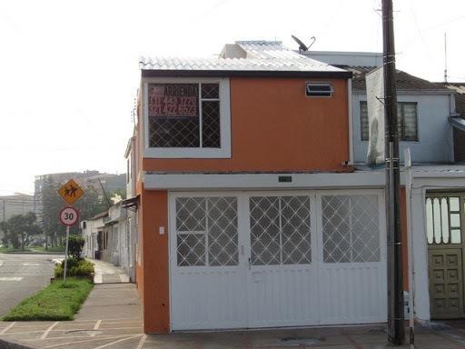 Casas En Arriendo Marsella 118-2087