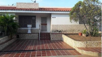 Casa En Venta En Precio De Inversion Oportunidad Maracaibo
