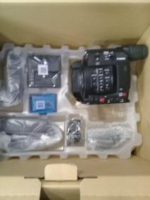 Filmadora Canon Eos C200 Cinema Camera