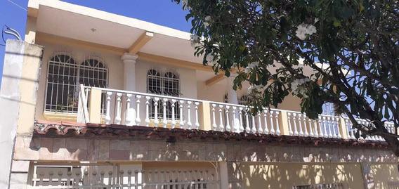 Apartamento En Alquiler, La Candelaria Maracay