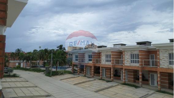 Remax Costa Azul Vende Casa Conjunto Villa Los Corales