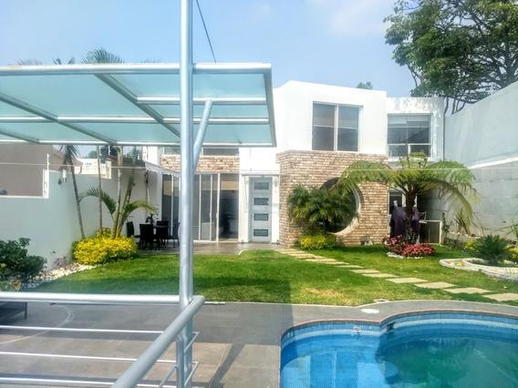 Casa Moderna Vigilancia Alberca Vapor Fuentes 4 Recamaras