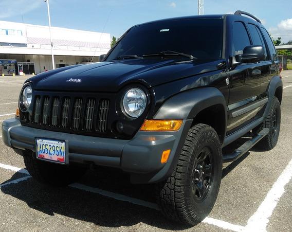 Jeep Liberty Sincronica 4x4 Motor 3.7 Año 2007