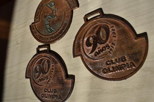 Imagen 1 de 3 de Medalla-club Olimpia -90 Aniversario-2008 -judo