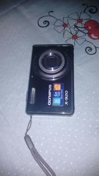 Vendo Uma Câmera Fotográfica Semi-nova