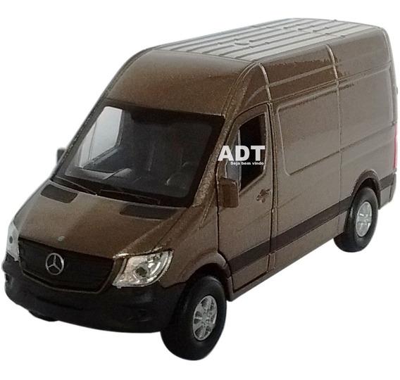 Carrinho De Ferro Sprinter Miniatura Coleçao Brinquedo Van