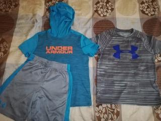 Una Camisa Y Un Juego De Una Camisa Y Un Short Under Armour