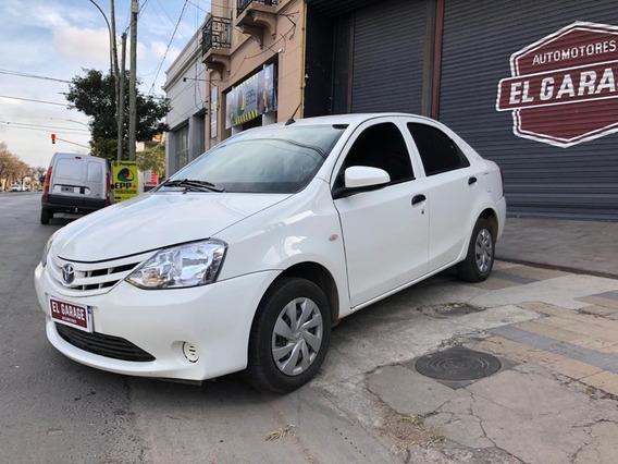 Toyota Etios 2016 X 1.5 4 Puertas Primera Mano Impecable!!