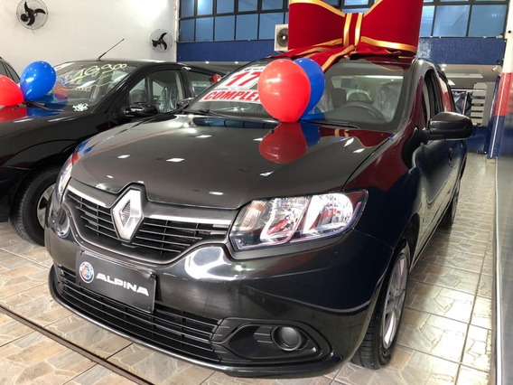 Renault Logan Expression 1.0 2017