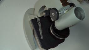 Microscópio Monocular 103a Bm 640x Para Retirar Peças
