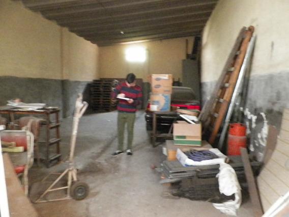 Casa + Galpon En Alquiler De 412 M2 Totales - Villa Dominico