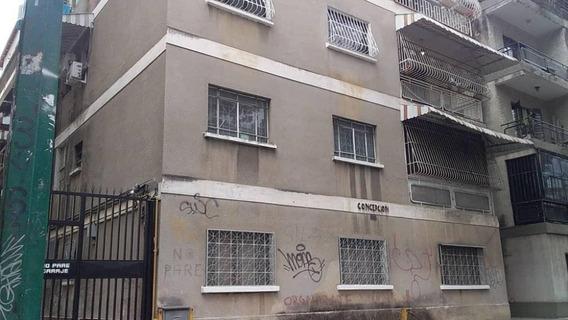 Apartamento En Venta Colinas De Bello Monte Mls #19-9134
