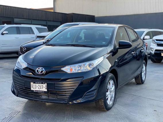 Toyota Yaris 2018 4p Sedán Core L4/1.5l Aut