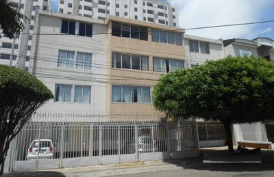 Apartamento Re-modelado Venta Lleras Restrepo