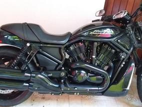 Moto Harley Davidson, Preta Com Parafusos Cromados