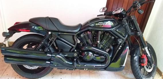 Harley Davidson, Preta, Parafusos Cromados!!!