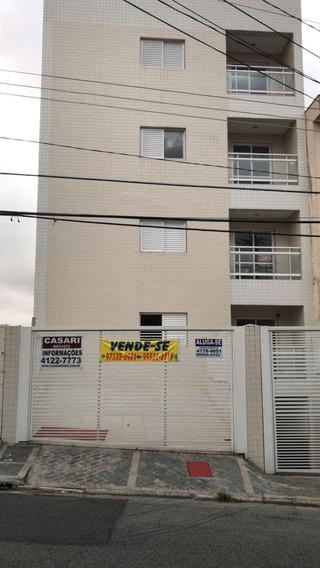 Apartamento, 2 Dormitórios, 1 Suite, 2 Vagas De Garagem.