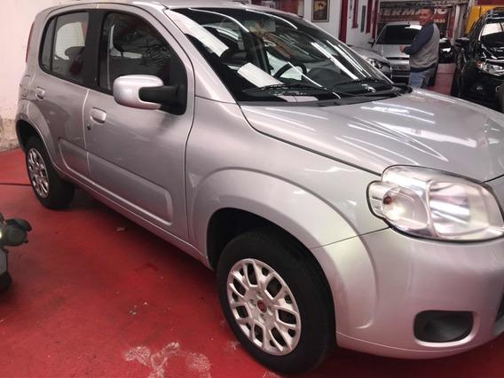 Fiat Uno 1.0 Vivace Flex 4p Prata **zero Km** 2014/2014