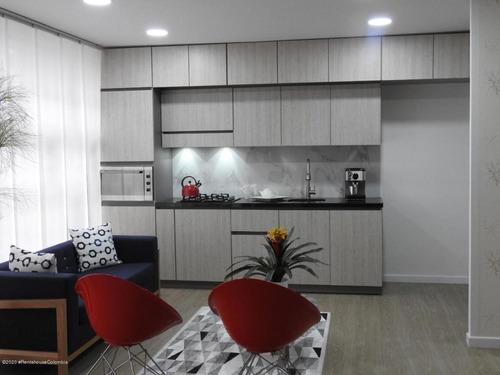 Apartamento En  Galerias(bogota) Rah Co: 21-1056