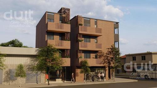 Imagen 1 de 11 de Edificio - Guemes