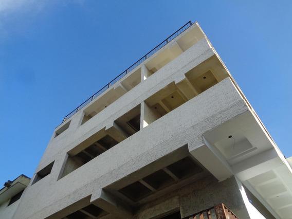 Edificio En Venta El Cafetal 20-18029 Rah La Boyera