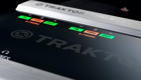 Traktor Scratch Audio 6 ( Com Todos Os Acessórios E Caixa)