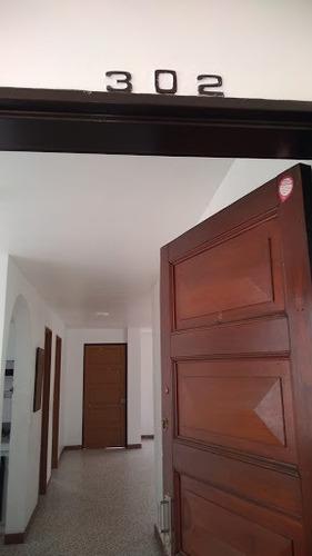 Imagen 1 de 14 de Apartamento En Arriendo Rosales 984-809