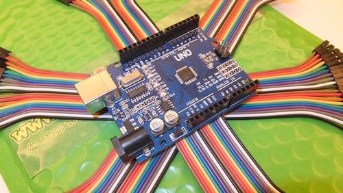 Kit Arduino Uno (smt) Con Cable Usb Y Cables Dupont Básico