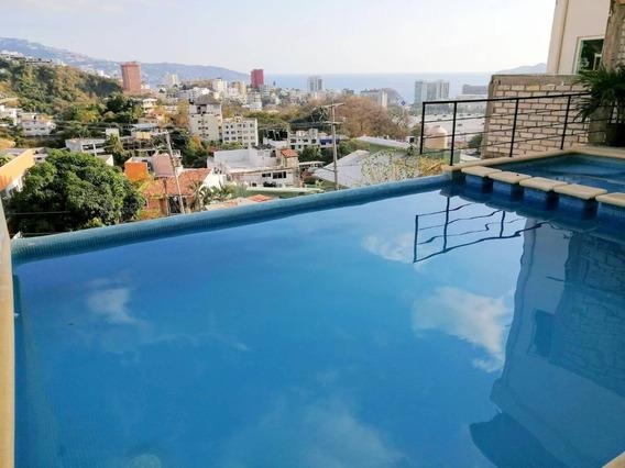 Renta Villa De 4 Recámaras Y Terraza Común Con Alberca