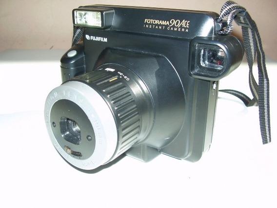 Antiga - Maquina Fotográfica Marca Fotorama 90ace Instant
