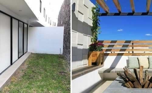 Se Vende Hermosa Casa En Punta Esmeralda, Roof Garden, Jardín, 3 Recámaras, Lujo
