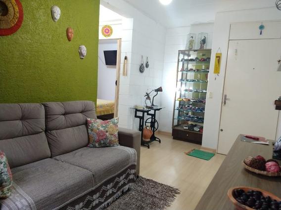 Apartamento Em Vila Nova Com 2 Dormitórios - Lu429639