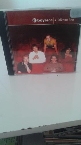 Imagem 1 de 3 de  Cd Boyzone A Different Beat