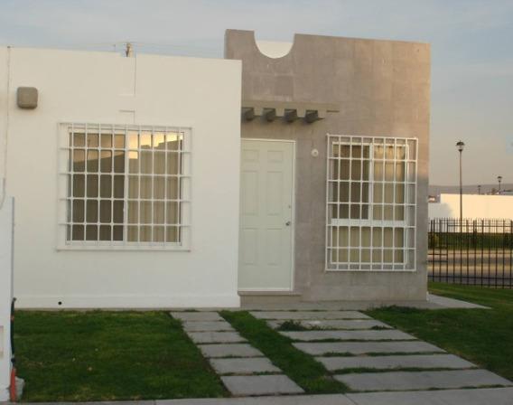 Casa En Renta Circuito Andamaxei, Paseos Del Bosque