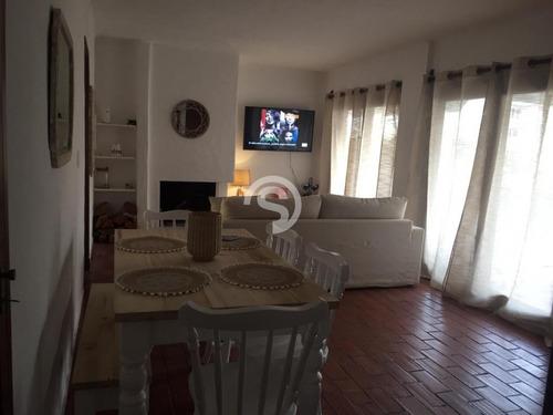 Apartamento Ubicado En Playa Mansa- Ref: 4110
