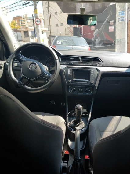 Volkswagen Voyage 1.6 Msi Highline Total Flex 4p 2017