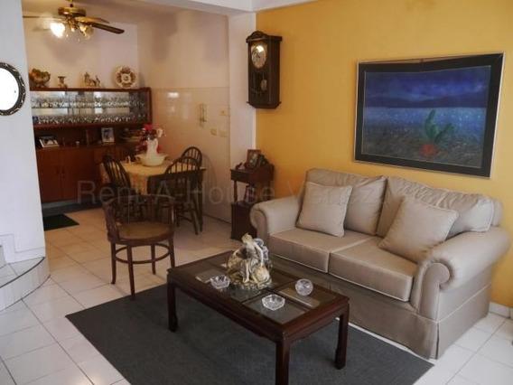 Casa En Venta Barquisimeto Este 20-8533 Mf