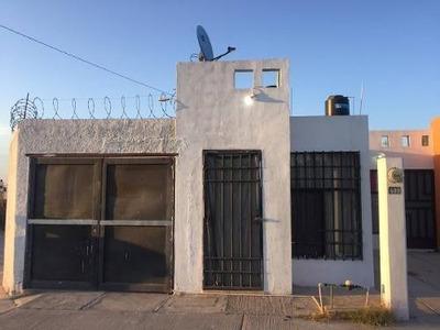 Casa De1 Planta En Esquina De 105mts2 De Terr Piquito De Oro