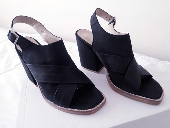 Sandalias De Mujer Cuero Negro Tall 39 Taco Ancho Plataforma