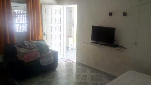Casa Em Itanhaém Ficando 600m Do Mar Com 125m² Total 6034