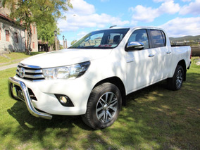 Toyota Hilux D-4d Motor 2.4 2017 Blanco