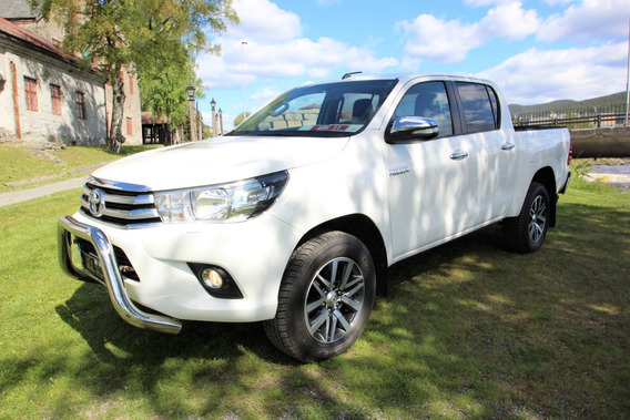 Toyota Hilux D-4d Motor 2.4 2017 Blanco