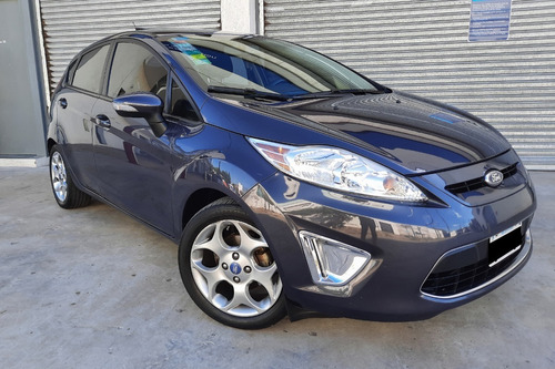 Ford Fiesta Kinetic Titanium *unico Dueño* Excelente Estado