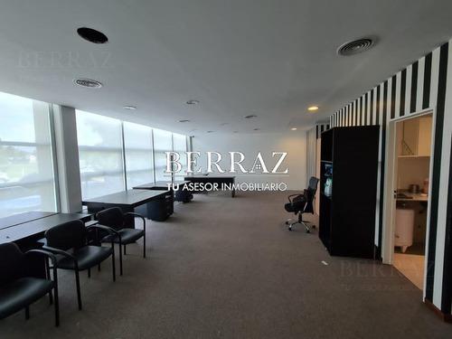 Imagen 1 de 4 de Oficina Venta Pilar Building Skyglass I - Pilar