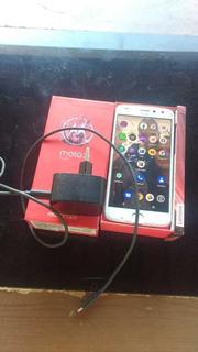 Vendo Moto Z 2 Play 64 Gigas Mem 4 Gb De Ram Carregador Chav